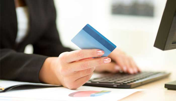 Consumers favoring debit over online credit card processing – Use caution